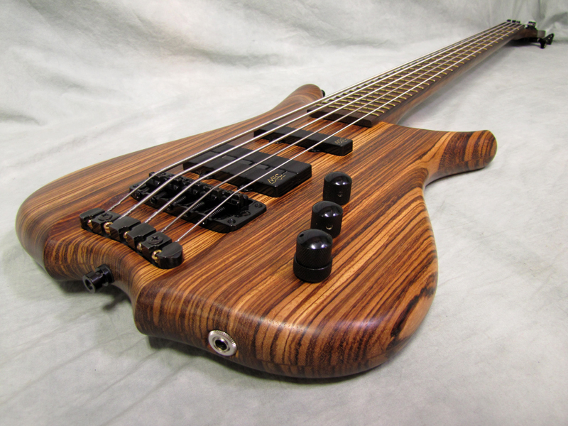 used warwick infinity sn5 5 string bass guitar set neck zebrawood. Black Bedroom Furniture Sets. Home Design Ideas